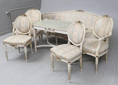 Комплект мягкой мебели из 6 частей светло-серого цвета