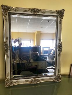 Зеркало в французском стиле
