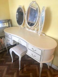 Туалетный столик в французском стиле