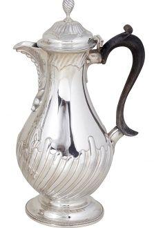 Викторианский серебряный кувшин