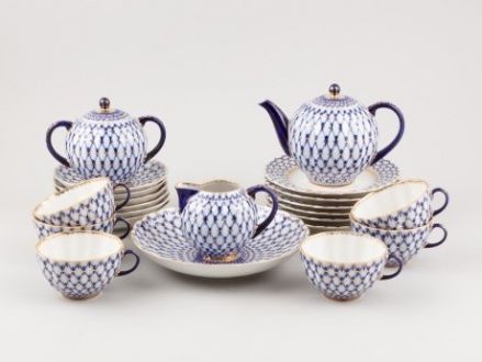 Ломоносовский чайный сервиз