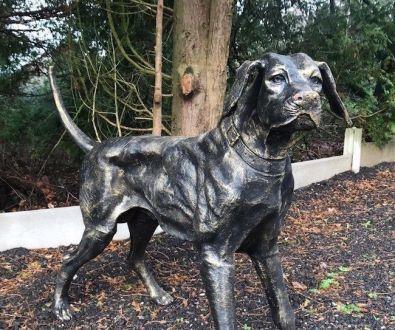 Большая Чугунная Собака