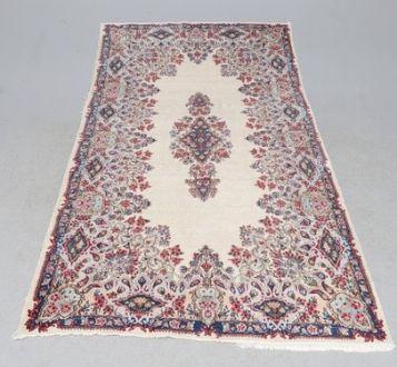 Старинный персидский ковёр