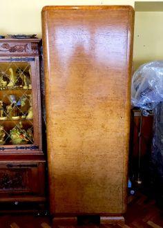 Шкаф из  карельской березы