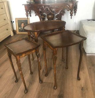 Комплект из трех столиков